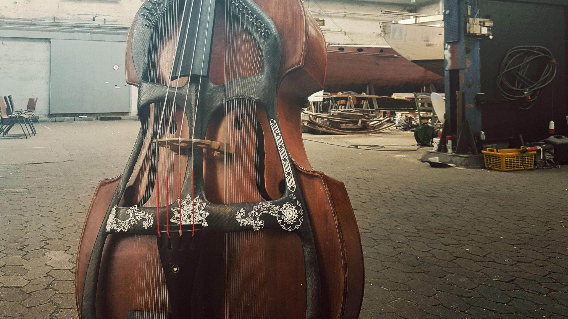 Permalink to: The Swedish Harp Bass